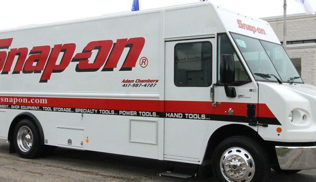 01 20ft-custom-tool-truck_ha5710