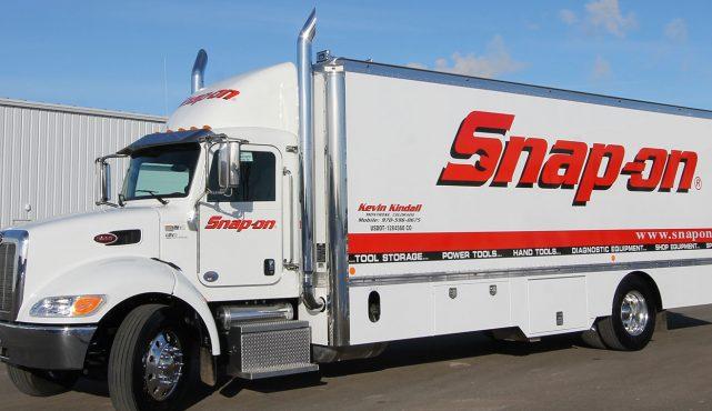 01 26ft-custom-tool-truck_296493