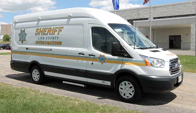 Linn County Sheriff Investigations Vehicle