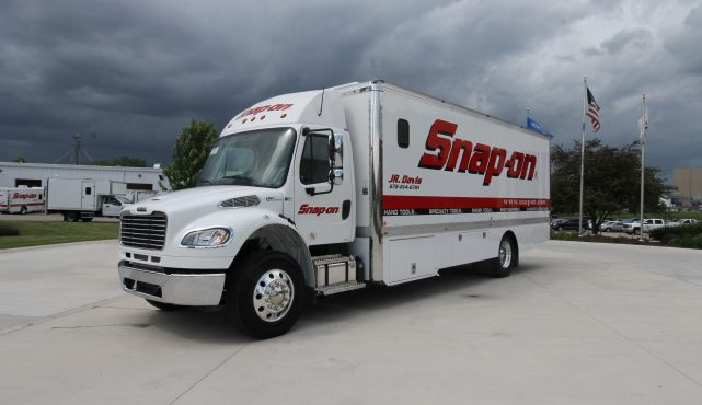 Snap On Cab Chassis Trucks - LDV
