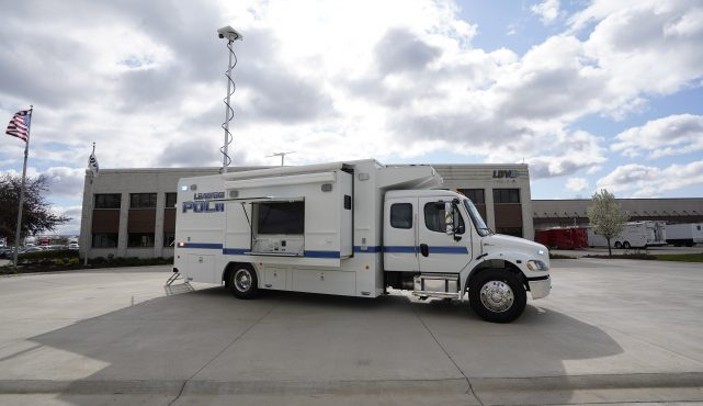 Leawood PD Mobile Command LDV