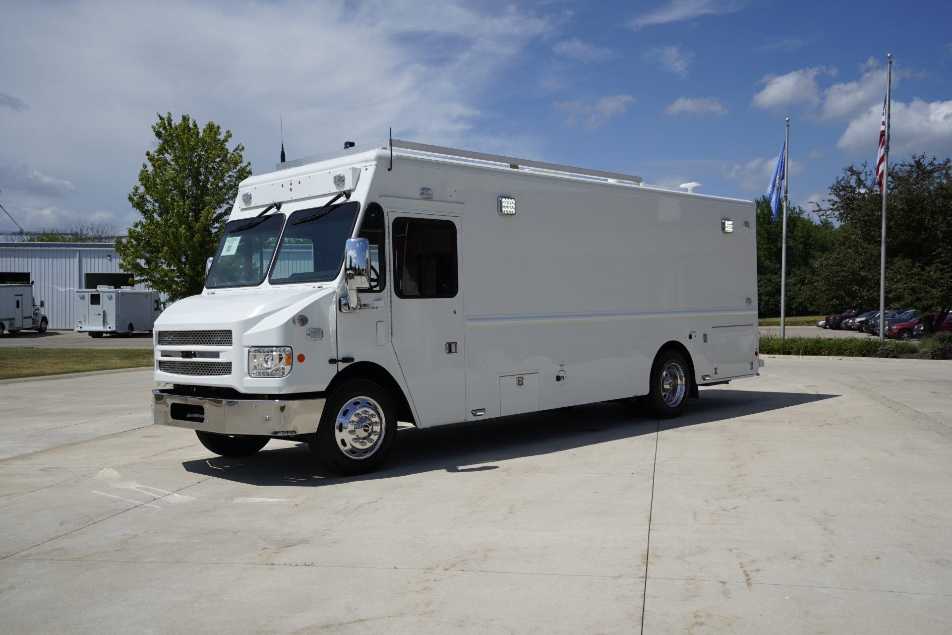 LDV-Oakland Police Department Mobile Command Center