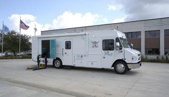 Centro Salud Justicia de Puerto Rico Mobile Medical Vehicle